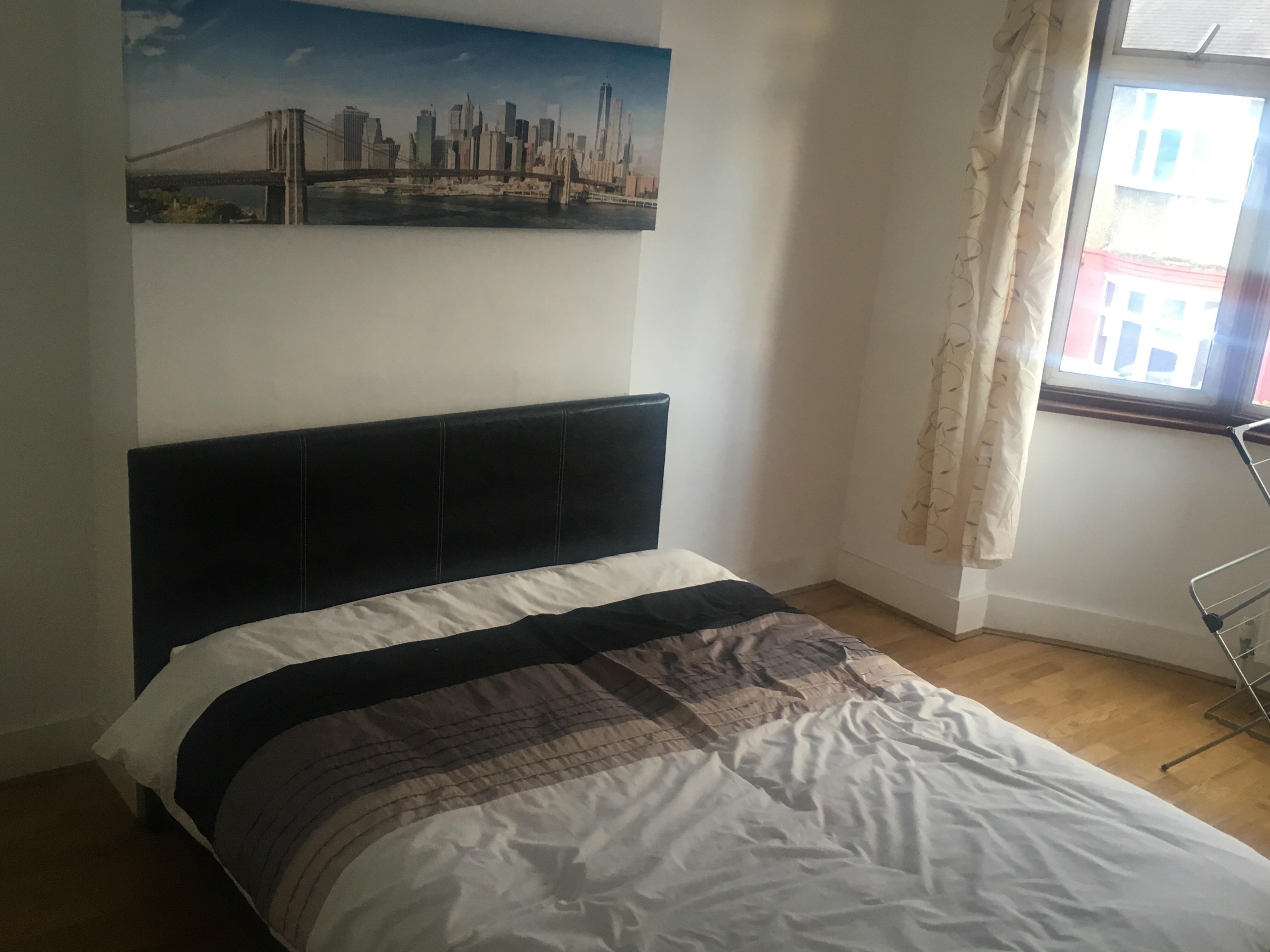 Bedroom41494936633